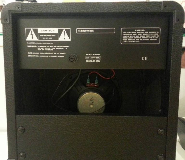 Amp Quake GA-10USB Back ขายราคาพิเศษ