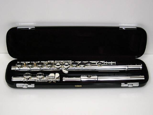 yamaha-YFL-221-flute ขายราคาพิเศษ