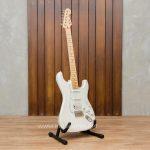 Fender Standard Stratocaster HSS ลดราคาพิเศษ