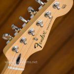 Fender Standard Stratocaster HSS headstock ขายราคาพิเศษ