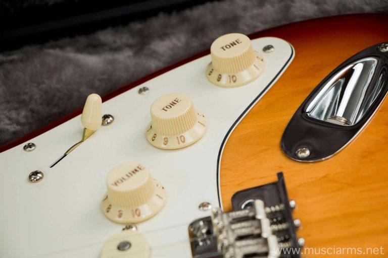 Fender American Standard Stratocaster ขายราคาพิเศษ