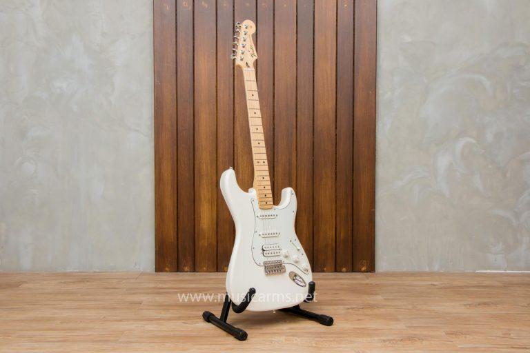 body Fender Standard Stratocaster HSS MN AWT ขายราคาพิเศษ