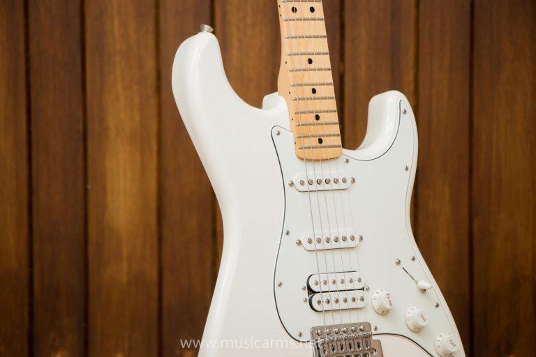 Fender Standard Stratocaster HSS MN ขายราคาพิเศษ