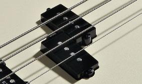 เบส Fender Duff Mckagan Precision Bassหลังหน้าคอยh