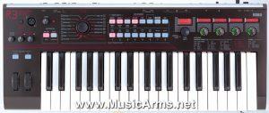 Korg r3 Synthesizer