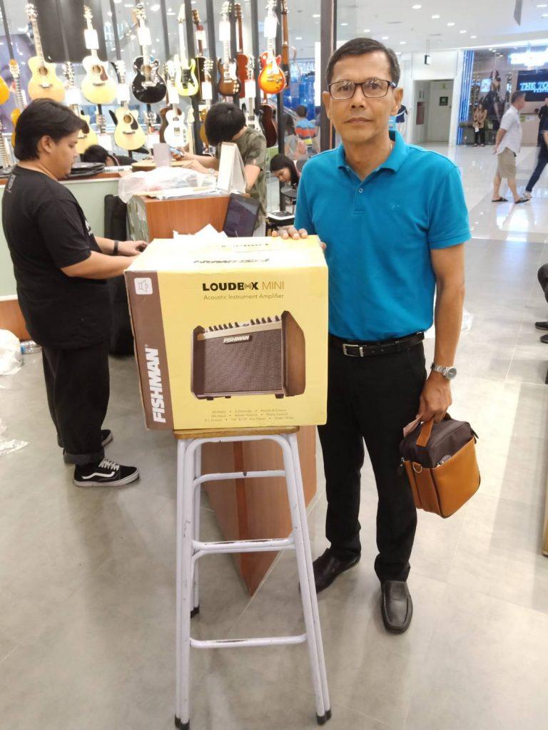 ลูกค้าที่ซื้อ Fishman Loudbox Mini 60W