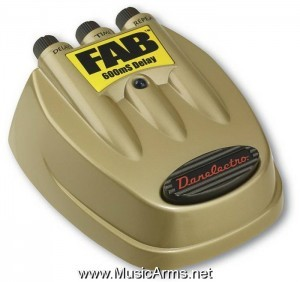D-8 FAB Delay Effects Pedal