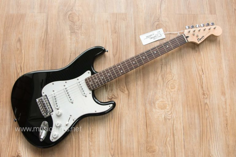Squier Bullet Stratocaster ขายราคาพิเศษ