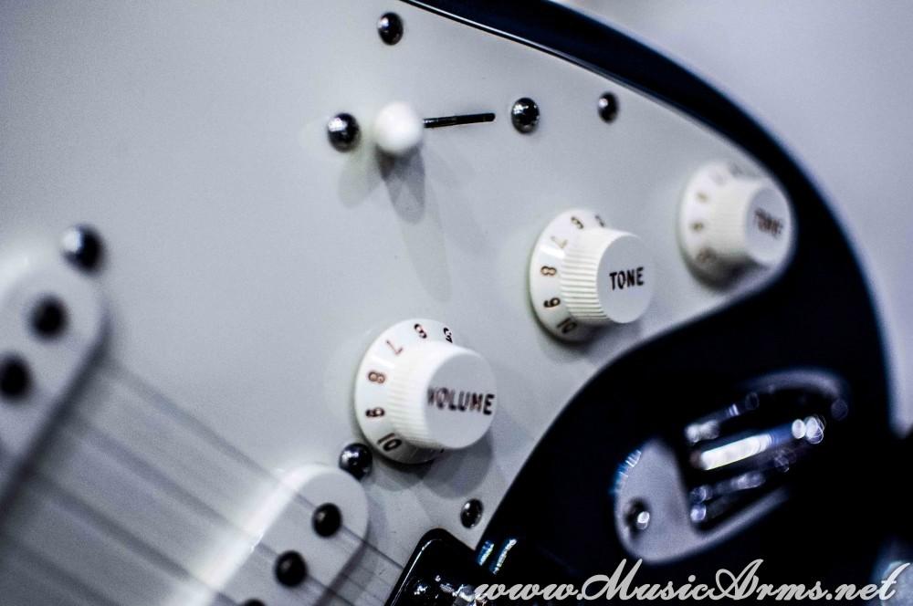 Fender Stratocaster Standard Mexico PF ขายราคาพิเศษ