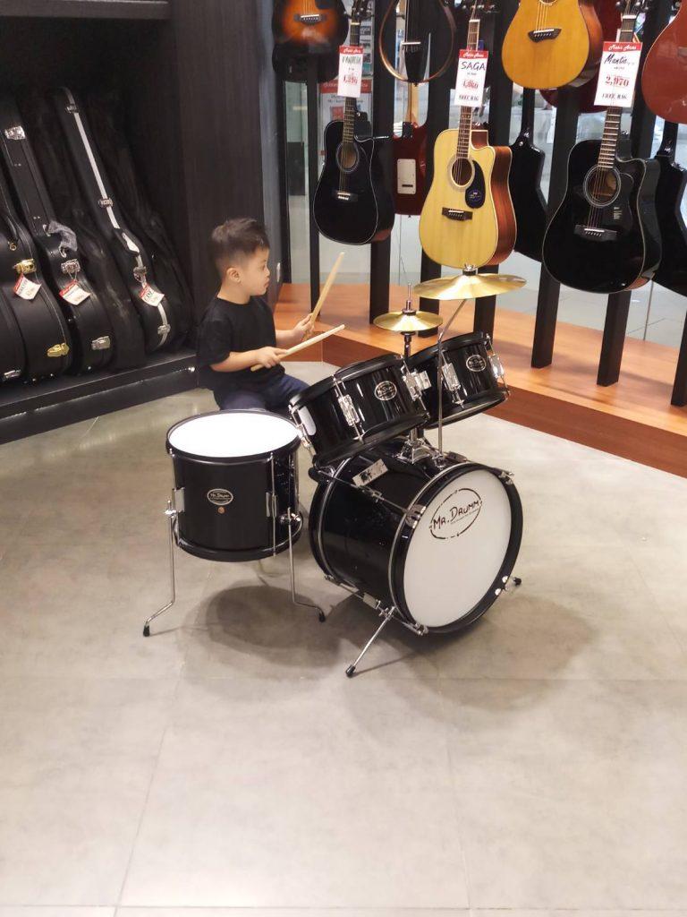 ลูกค้าที่ซื้อ กลองชุดเด็ก Mr.Drumm
