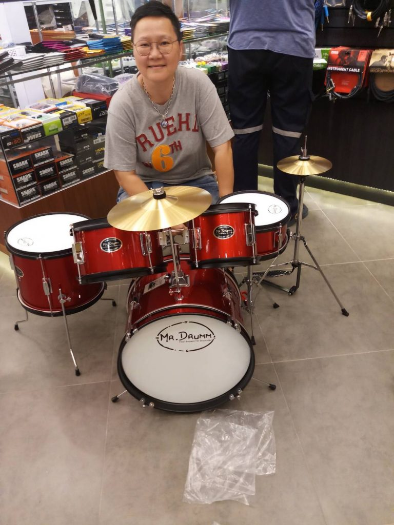 ลูกค้าที่ซื้อ กลองชุดเด็ก Mr.Drumm JR5 junior drum