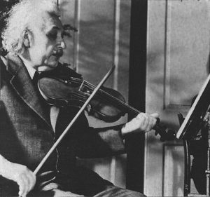 มาดูกันว่า ทำไม อัจฉริยะอย่างไอสไตน์ถึงเล่นไวโอลิน