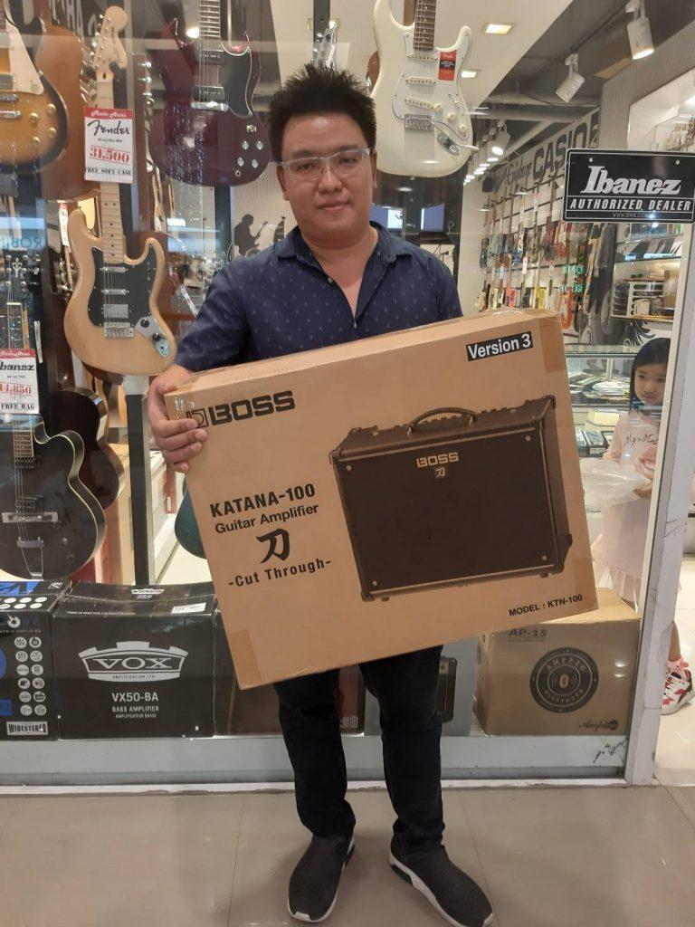 ลูกค้าที่ซื้อ Boss Katana 100