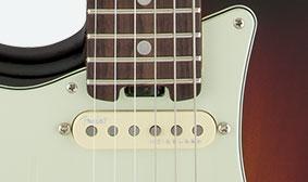 คอและซิงเกิลคอยบนFender American Elite Stratocaster