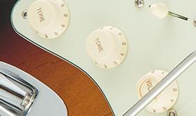 วอลุ่มFender American Elite Stratocaster