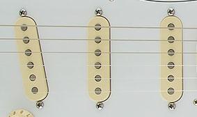 Fender Jimi Hendrix Stratocasterโชคอย