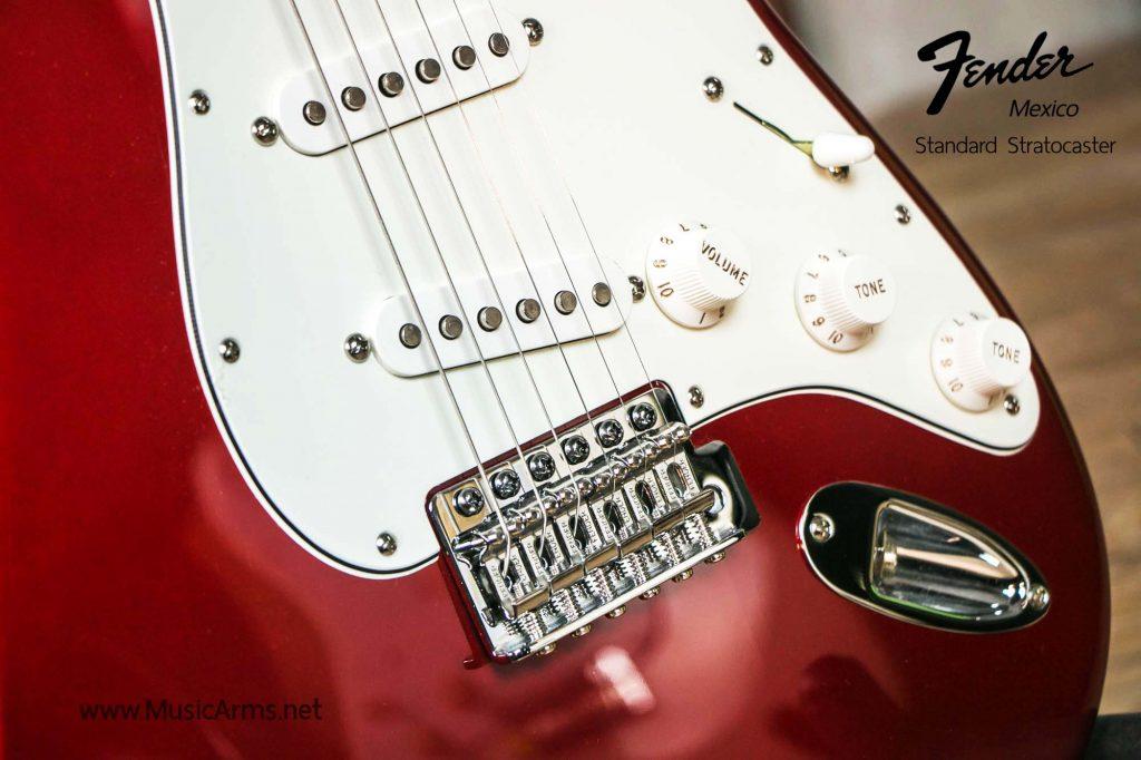 Fender Standard Stratocaster SSS MN | ซื้อเครื่องดนตรีราคา