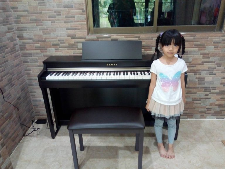 ลูกค้าที่ซื้อ Kawai CN27 เปียโนคุณภาพ