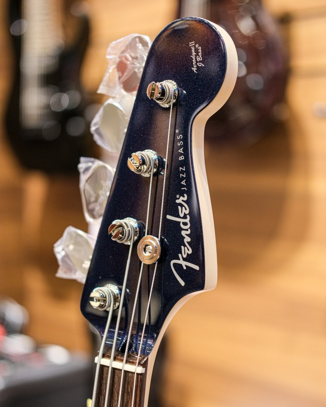 Fender Aerodyne Jazz Bass Headstock ขายราคาพิเศษ