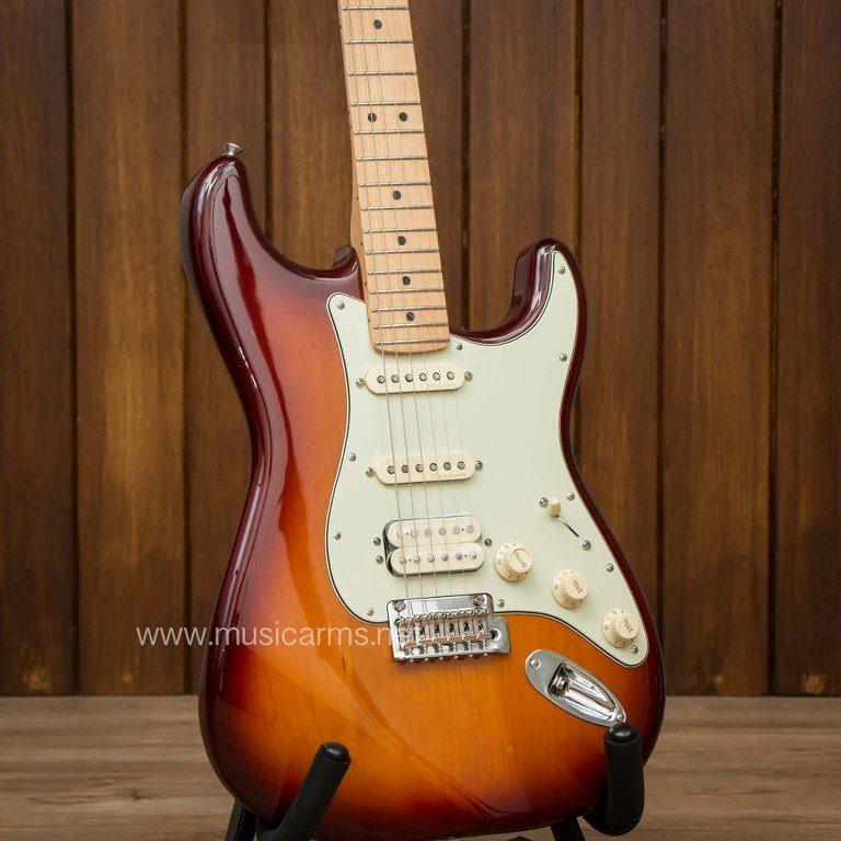 Fender Deluxe Stratocaster HSS body ขายราคาพิเศษ