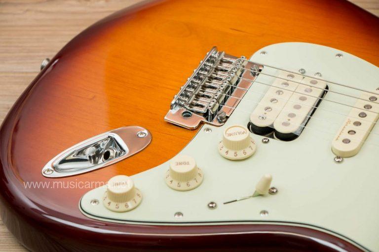 Fender Deluxe Stratocaster HSS control ขายราคาพิเศษ
