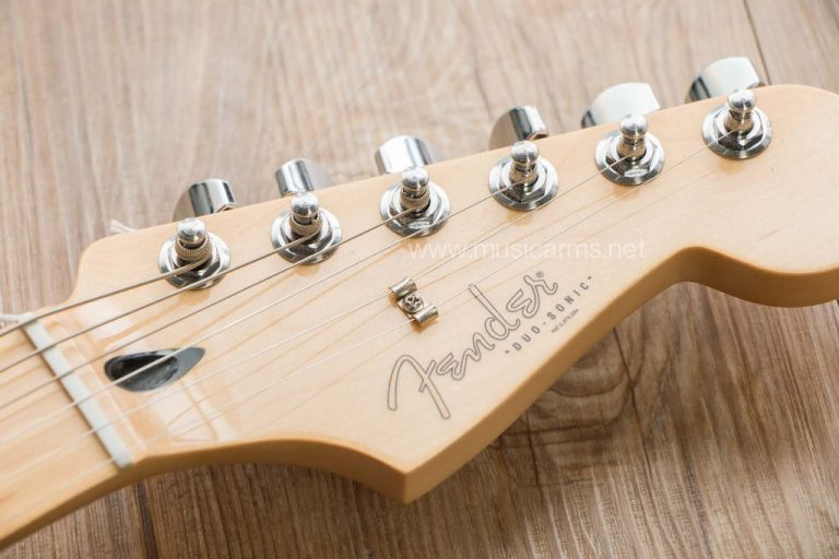 Fender Duo-Sonic headstock ขายราคาพิเศษ