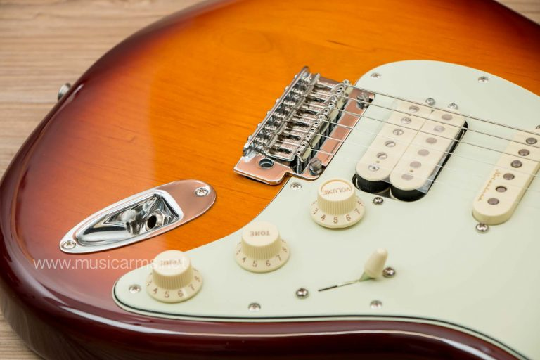 Fender Deluxe Strat HSS MN TBS ขายราคาพิเศษ