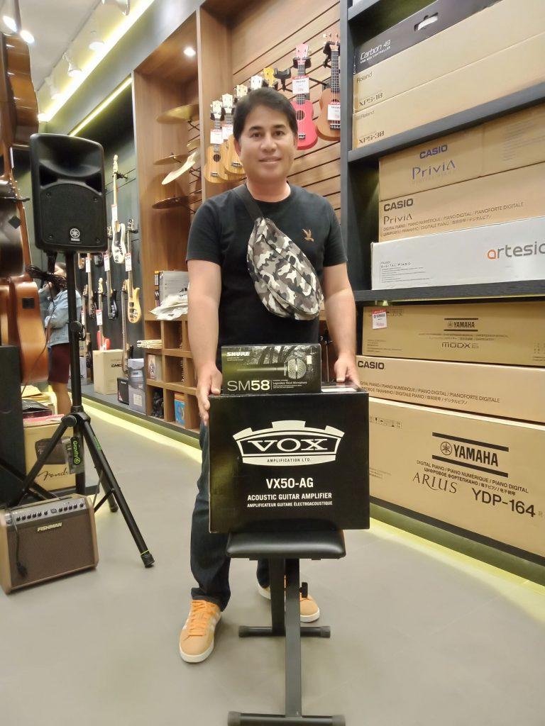 ลูกค้าที่ซื้อ Vox VX50AG
