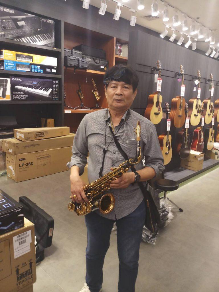 ลูกค้าที่ซื้อ Saxophone Coleman CL-338A
