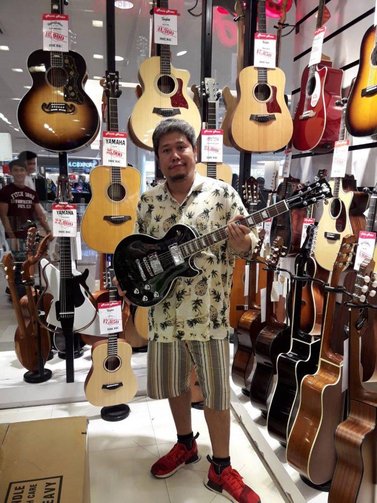 ลูกค้าที่ซื้อ Gibson Les Paul Premium Quilt 2017