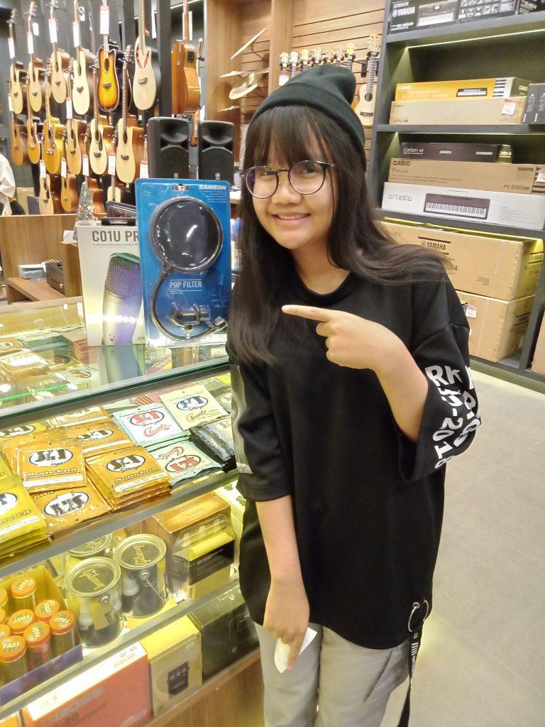 ลูกค้าที่ซื้อ Samson PS01 Microphone Pop Filter
