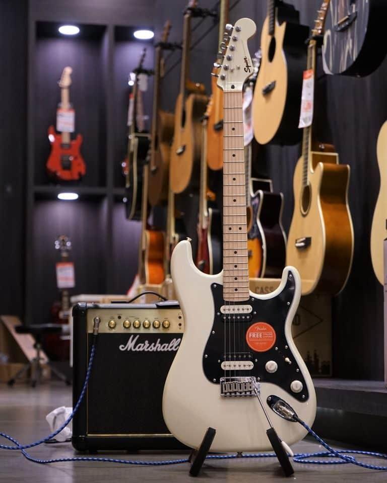 Showcase Squier Contemporary Stratocaster HH