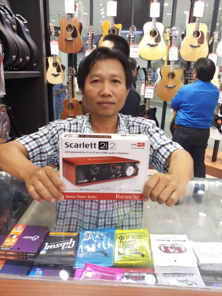 ลูกค้าที่ซื้อ Focusrite Scarlett 2i2 (2nd Gen)