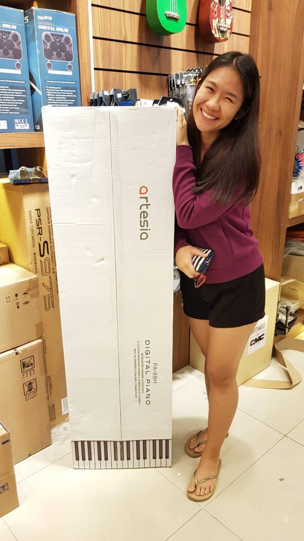 ลูกค้าที่ซื้อ เปียโนไฟฟ้า Artesia PA-88 H