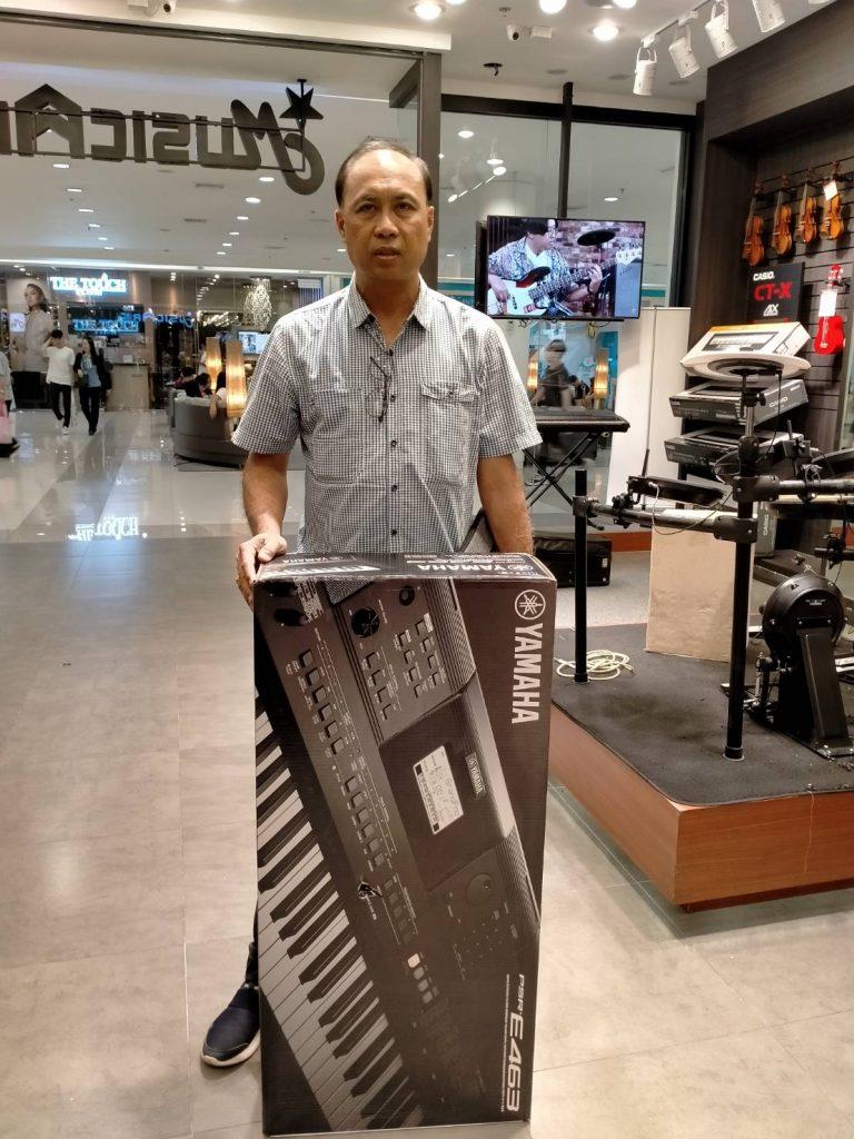 ลูกค้าที่ซื้อ Yamaha PSR-E463 มีคู่มือภาษาไทย และลงจังหวะไทยฟรี