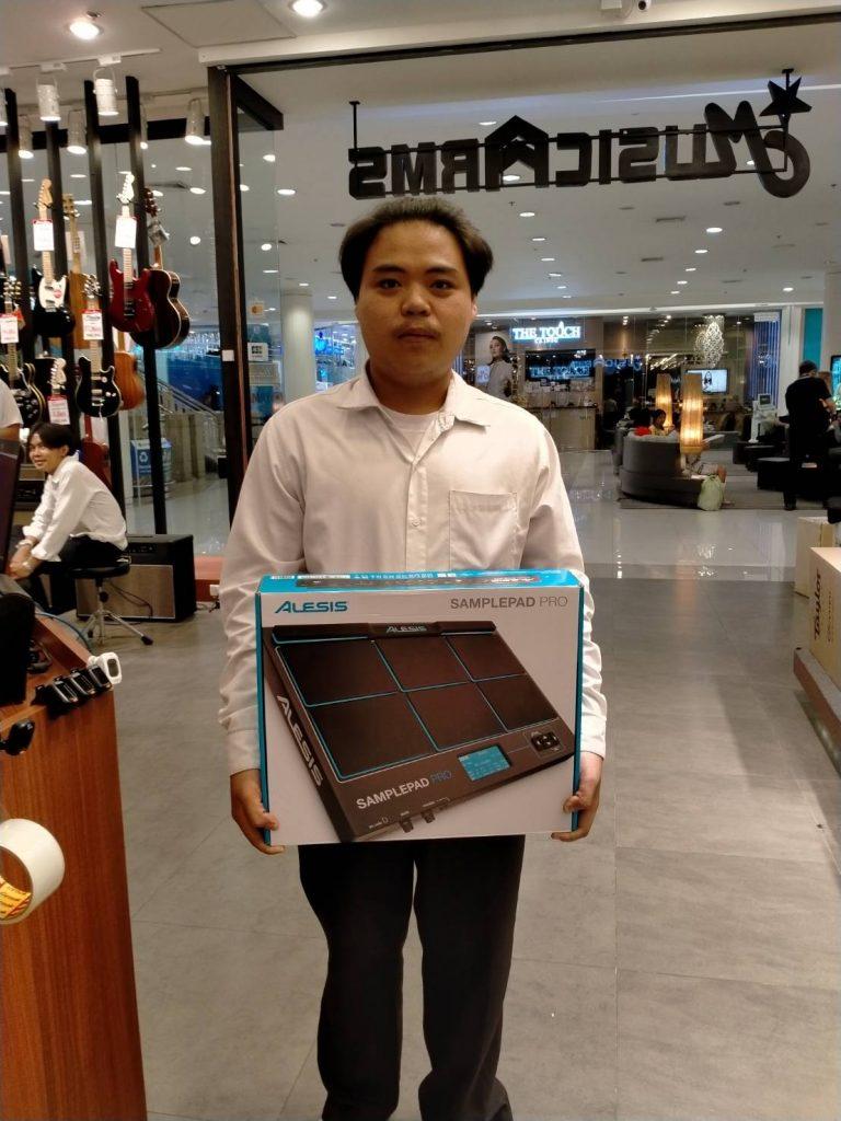 ลูกค้าที่ซื้อ Alesis SamplePad Pro