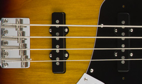 คอยFender American Original '70s Jazz Bass
