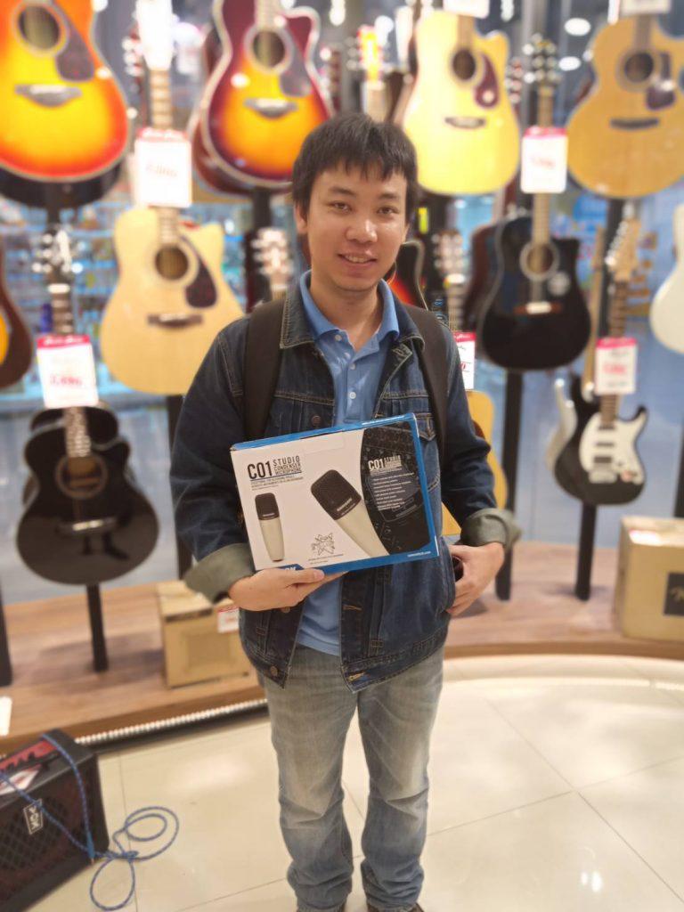 ลูกค้าที่ซื้อ ไมโครโฟน Samson C01
