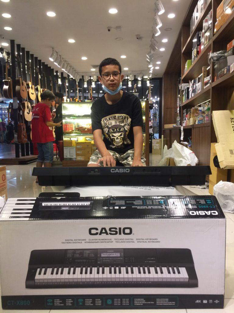 ลูกค้าที่ซื้อ Casio CT-X800