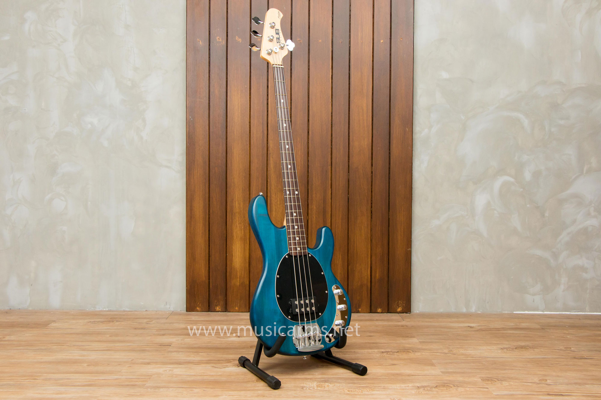 Sterling by Music Man SUB Series Ray 4
