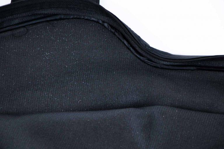 บุฟองน้ำ ด้านในกระเป๋า กระเป๋าไฟฟ้าหนัง ขายราคาพิเศษ