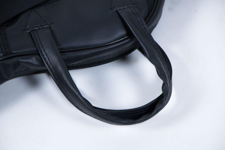 กระเป๋าหนัง บุฟองน้ำ สายถือ ขายราคาพิเศษ