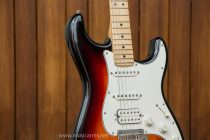 กีต้าร์ Fender Player Stratocaster HSS