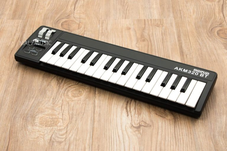 Midiplus AKM320 MIDI Keyboard Controller ขายราคาพิเศษ