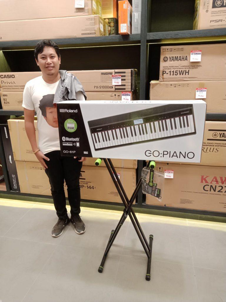 ลูกค้าที่ซื้อ Roland GO-Piano 61 Keys