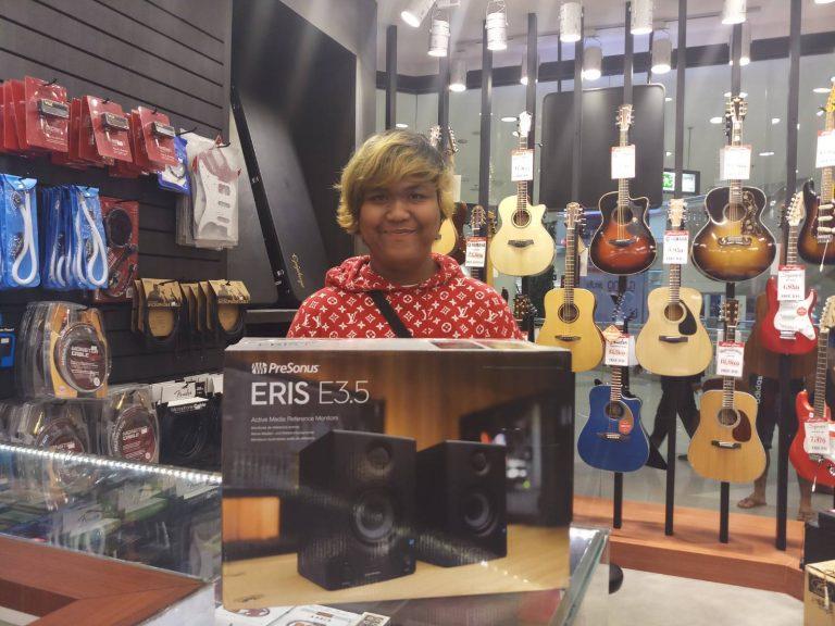 ลูกค้าที่ซื้อ PreSonus Eris E3.5 Powered Studio Monitors