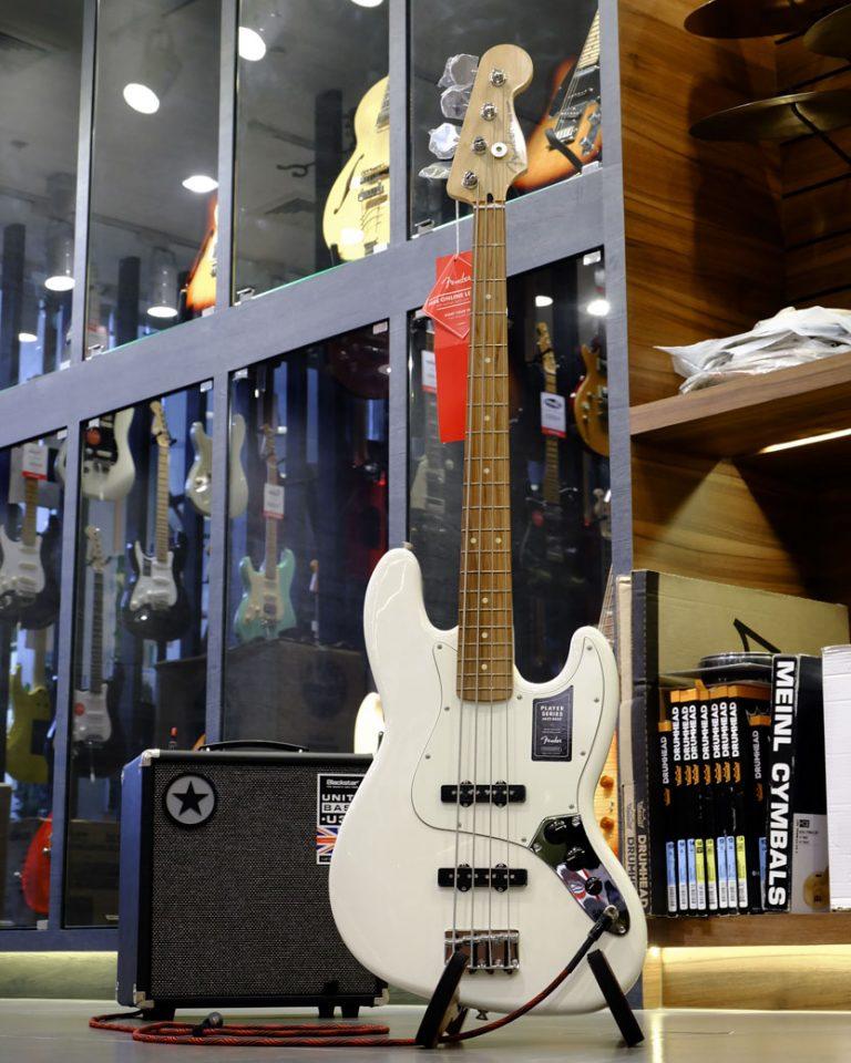 Showcase Fender Player Jazz Bass V