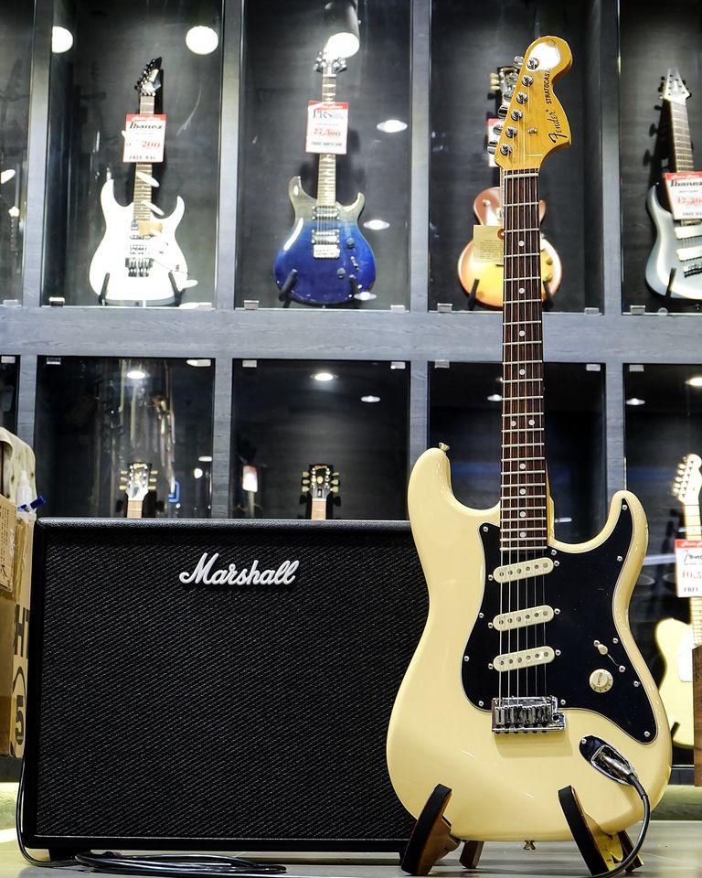 Fender Stratocaster Olarn Signature