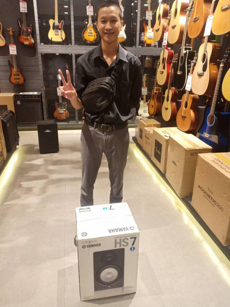 ลูกค้าที่ซื้อ Yamaha HS7 I Powered Speaker System