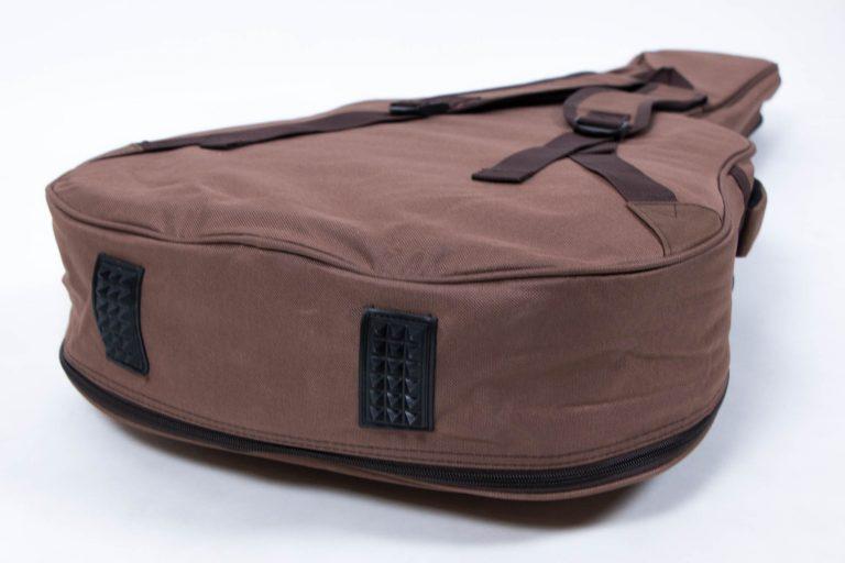 กระเป๋ากีต้าร์41 นิ้ว Gusta QB-MB- สีน้ำตาล ข้างล่าง ขายราคาพิเศษ